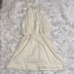 Women's Abercrombie cream dress size medium